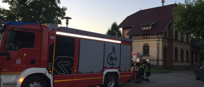 Feuerwehrfahrzeuge vor dem alten Bahnhof in Uhldingen